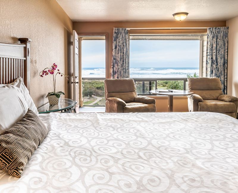 Gold Beach View Room